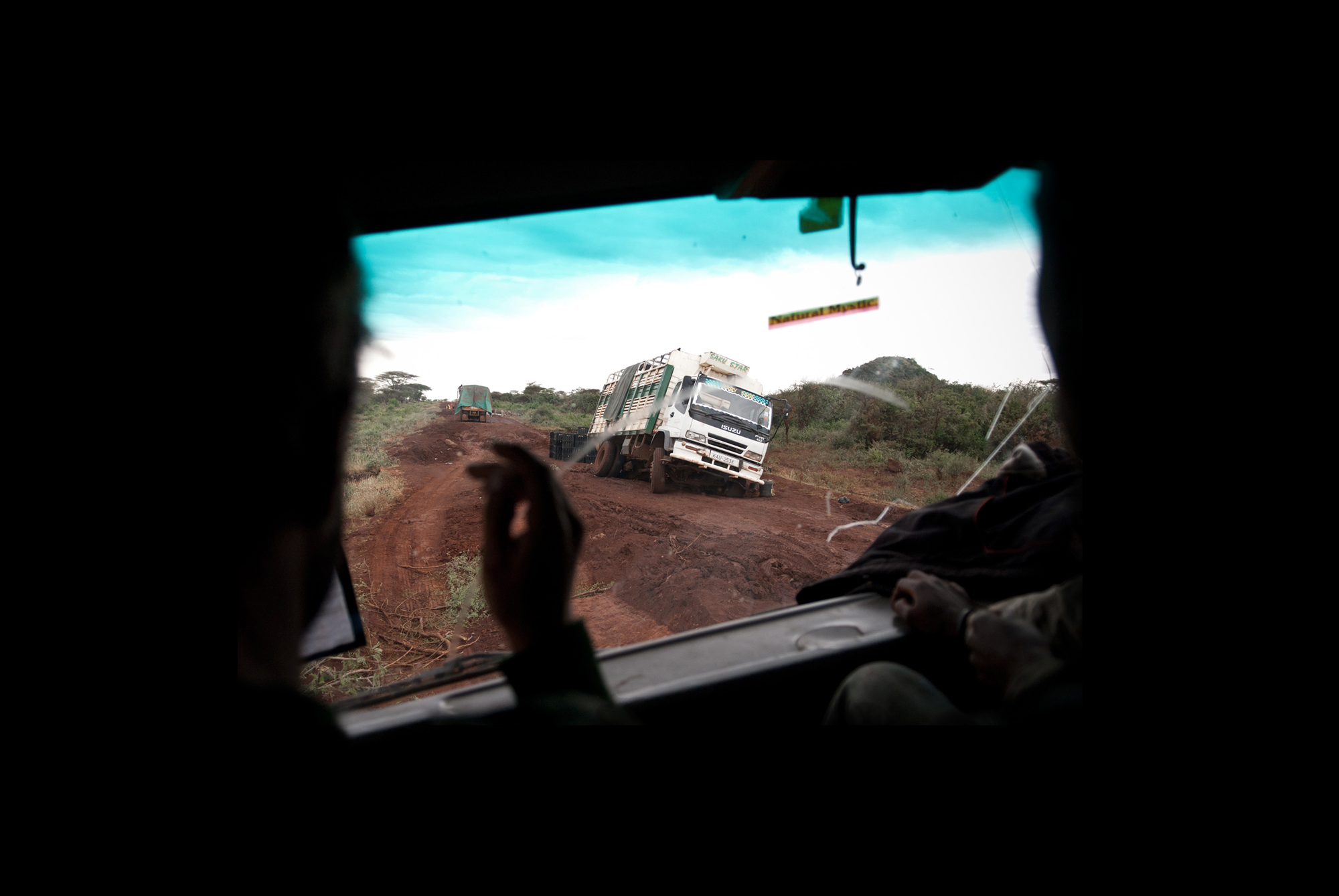 singles – difficult road conditions between marsabit and isiolo, northern kenya